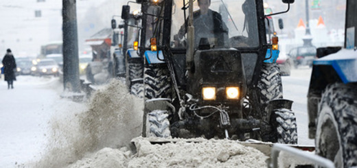 103085_Snegopad_Uborka_goroda_Chelyabinsk__traktor_zima_snegouborshtiki_1421162993