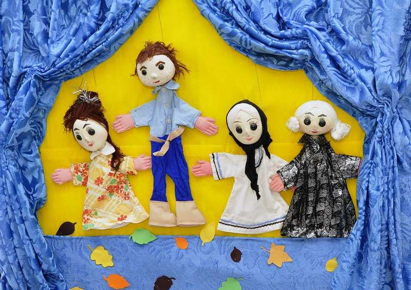 puppets-834229_960_720